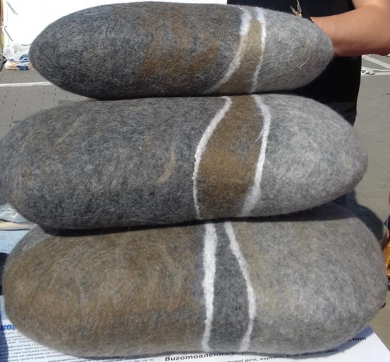 Подушки валяні Пуф повстяний Інтер'єрний повсть Подушка на диван Подушка на стілець Подушки камені