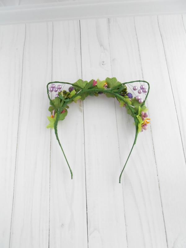 Кошачьи ушки на ободке с фиолетовыми цветами Обруч для волос Украшение девушке Венок на голову