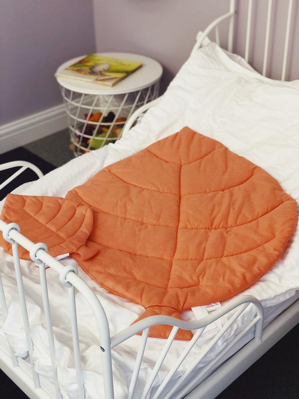 Маленькое покрывало одеяло-лист, плед, коврик для игр. Коврик - листик для детской