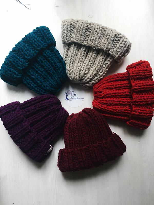 Сливовая теплая вязанная зимняя шапка, крупная вязка