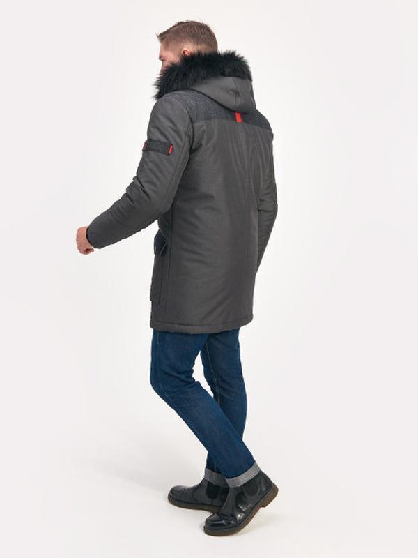 Стильная мужская зимняя куртка