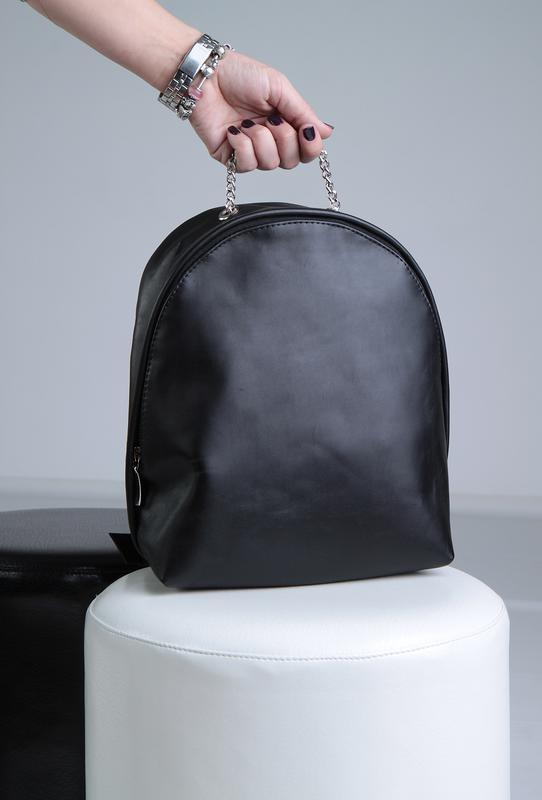 5461517ffb99 Стильный чёрный женский рюкзак из натуральной кожи ручной работы ...