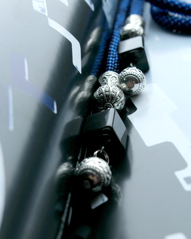 Синий лариат жгут, длинное украшение из бисера. Аксессуар трансформер. Подарок для женщины.