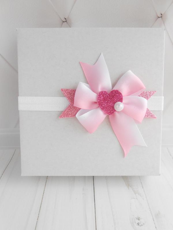 Розовая повязка с бантиком для малышки Украшение для волос на Валентина с сердечком Подарок девочке