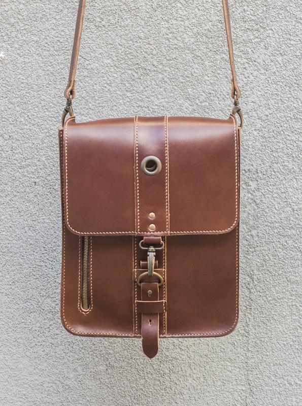 71c58d6f4151 Мужская кожаная сумка с авторским дизайном ручной работы купить в ...