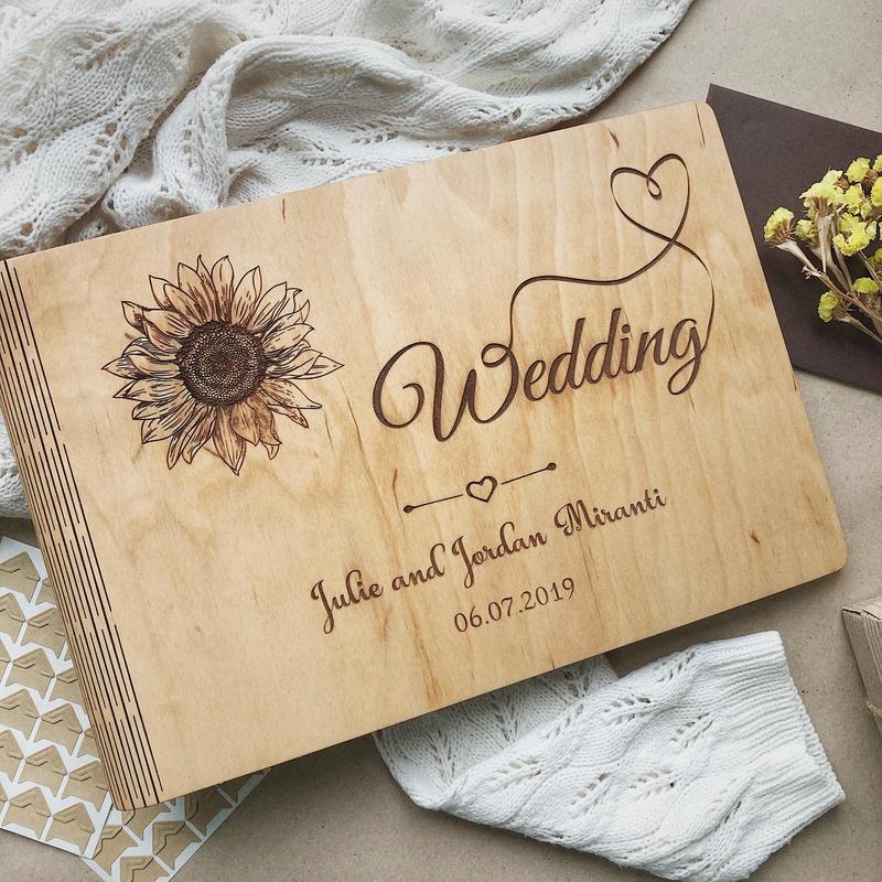 """Свадебный фотоальбом / Свадебная гостевая книга """"Sunflower"""""""