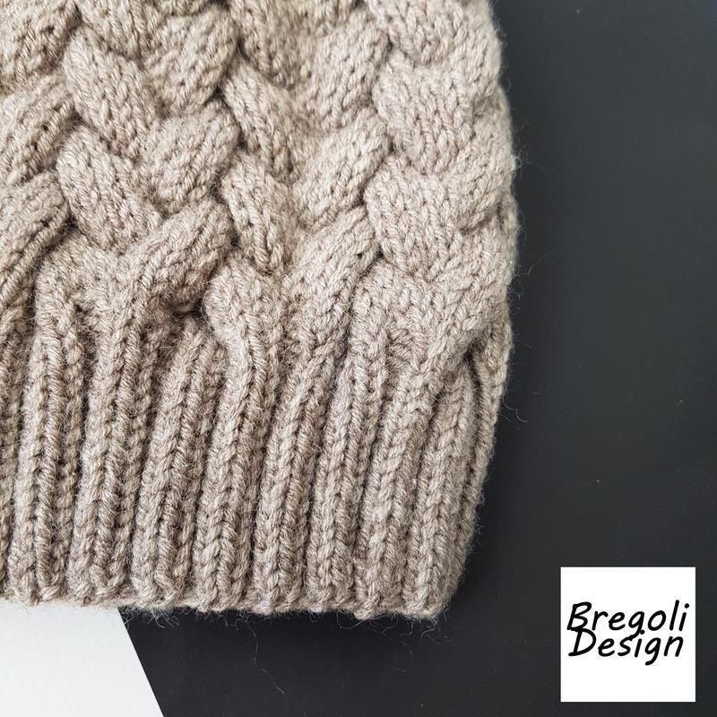 Bregoli design вязаная теплая шапка без отворота бежевый размер 54-55см