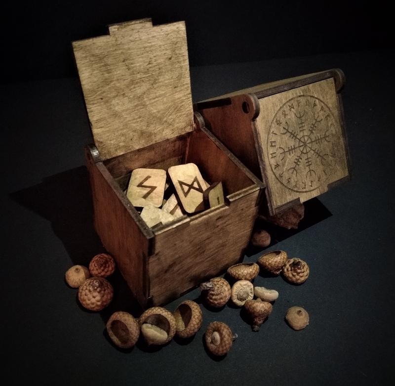 """Рунічний комплект """"Скандинавські руни (Футарк) в коробочці"""""""