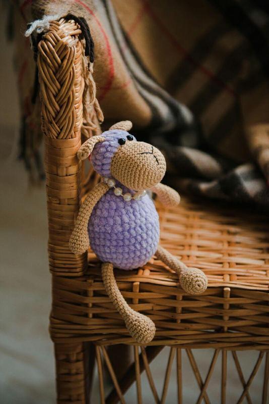 Плюшевая овечка амигуруми. Подарок новорожденному, ребенку. Интерьерная игрушка