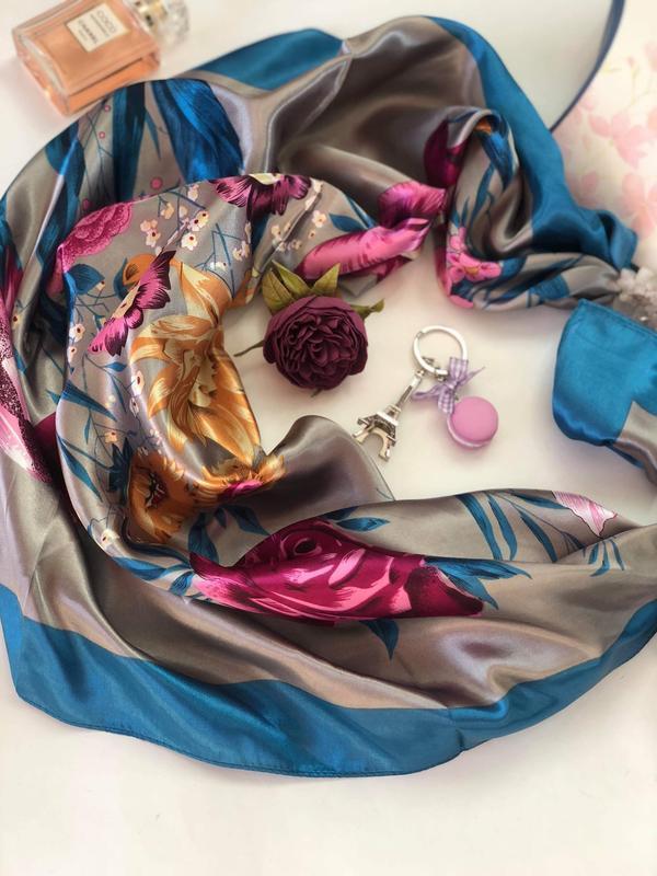 """Атласный платок """"Нежные чувства"""" My Scarf, шейный платок, подарок женщине"""