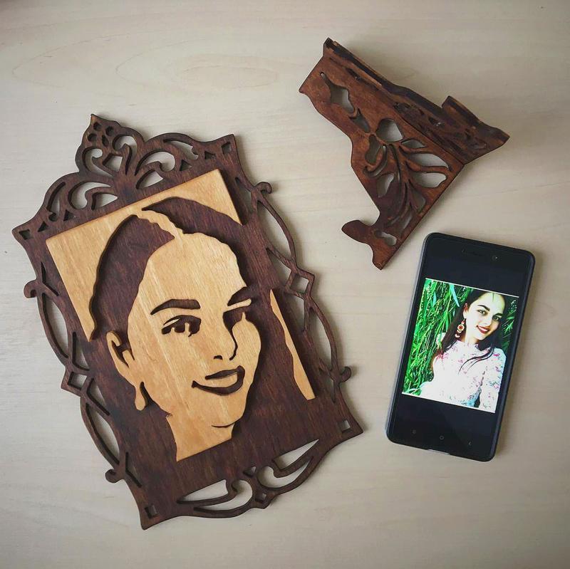 Портрет по фото із дерева | (подарок девушке на 8 марта, подарок жене, подруге)