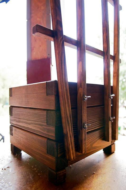 Кашпо, ящик для цветов из дерева