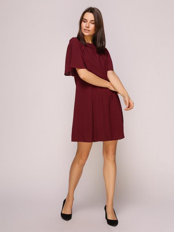 Платье бордовое с завязкой на спинке