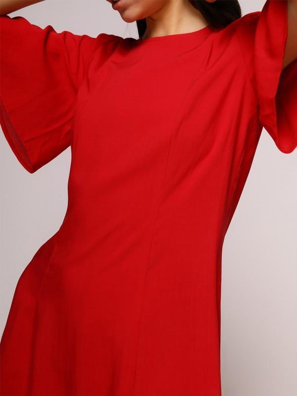 Платье красное с завязкой на спинке