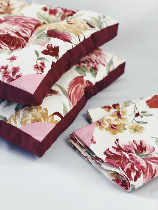 Скатерть-раннер с пионами, скатерть-дорожка. Скатерть на стол с цветами. Столовый текстиль.
