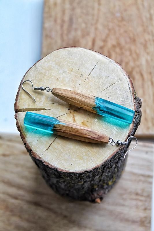 Деревянные сережки бирюзового цвета, серьги из дерева и эпоксидной смолы, подарок для женщин и девуш