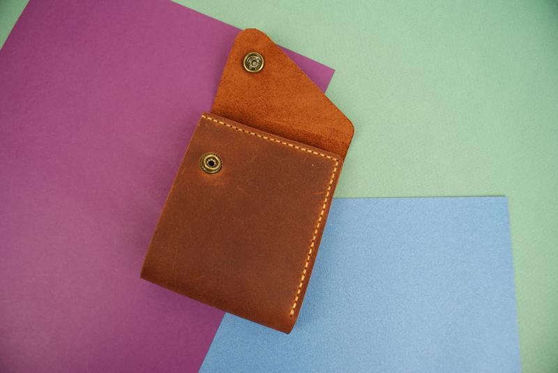 Маленький шкіряний гаманець (світло коричневого кольору )