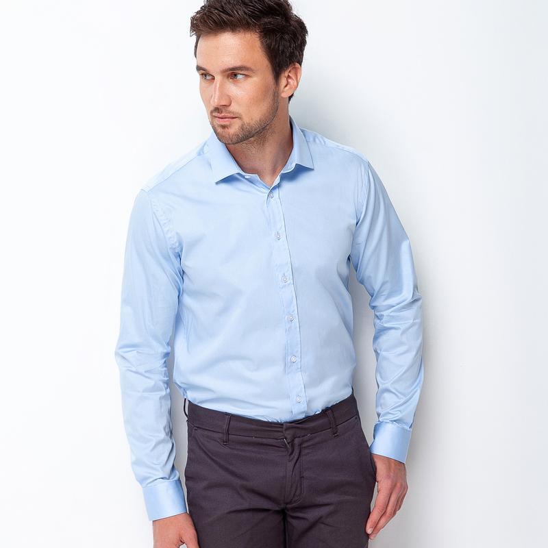 Рубашка приталенная голубая 100-004