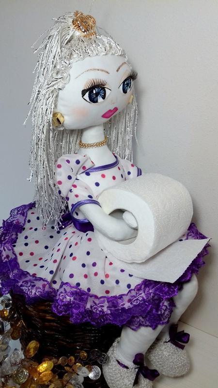 Кукла - держатель туалетной бумаги
