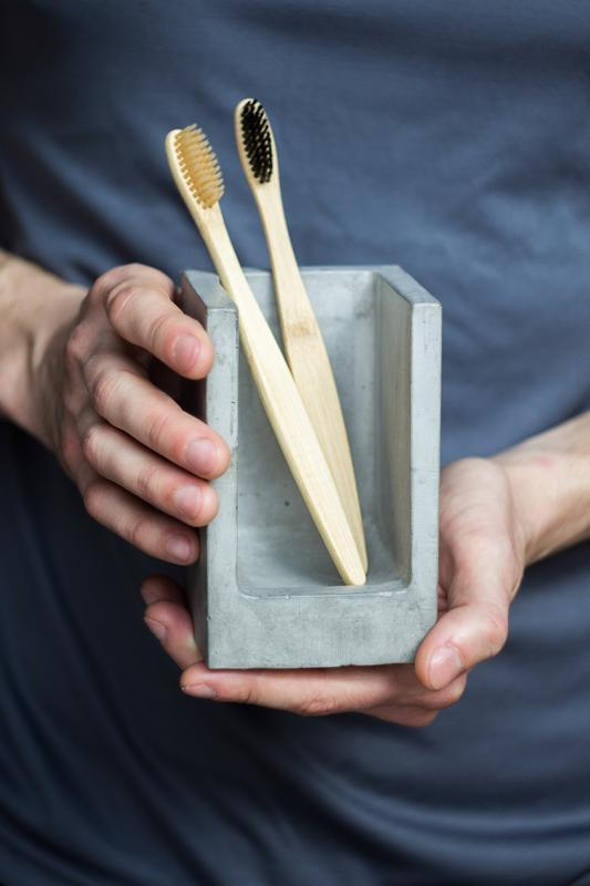 Холдер для зубних щіток з бетону