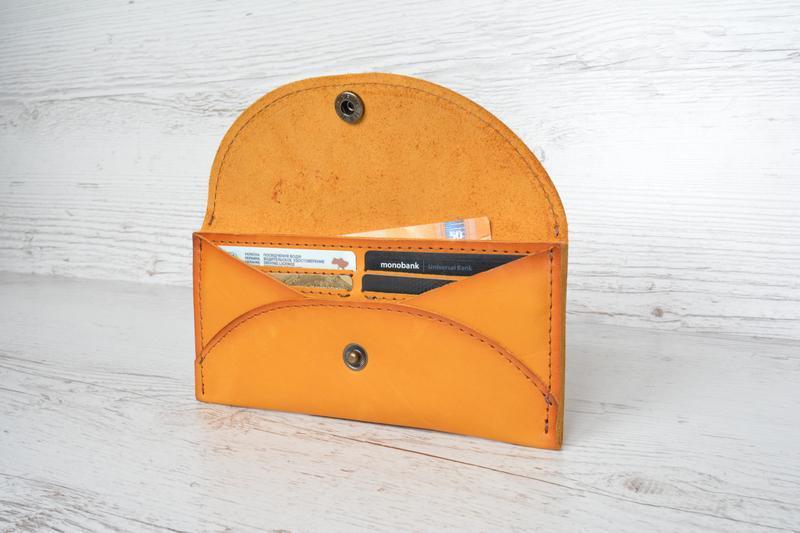 Кожаный  женский кошелек Лина  кожа Краст италия желтый
