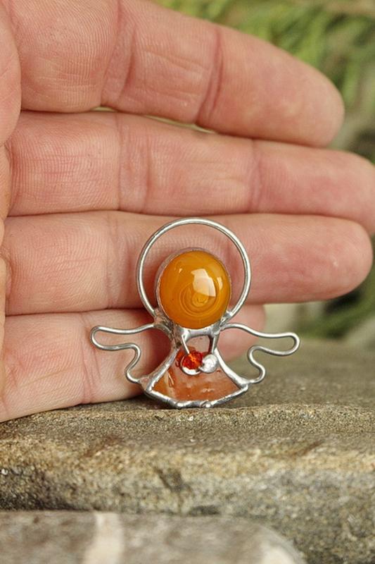 Брошь Ангелочек оранжевый Подарок девушке, маме