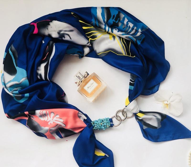 """Атласный большой шарф """"Синие небо"""", атласный платок, шелковый шарф, шарф-колье"""