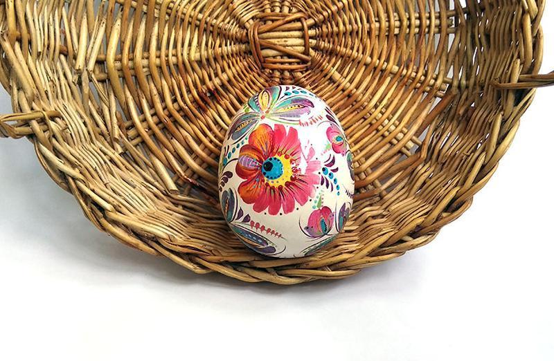 Пасхальные яйца из дерева петриковская роспись