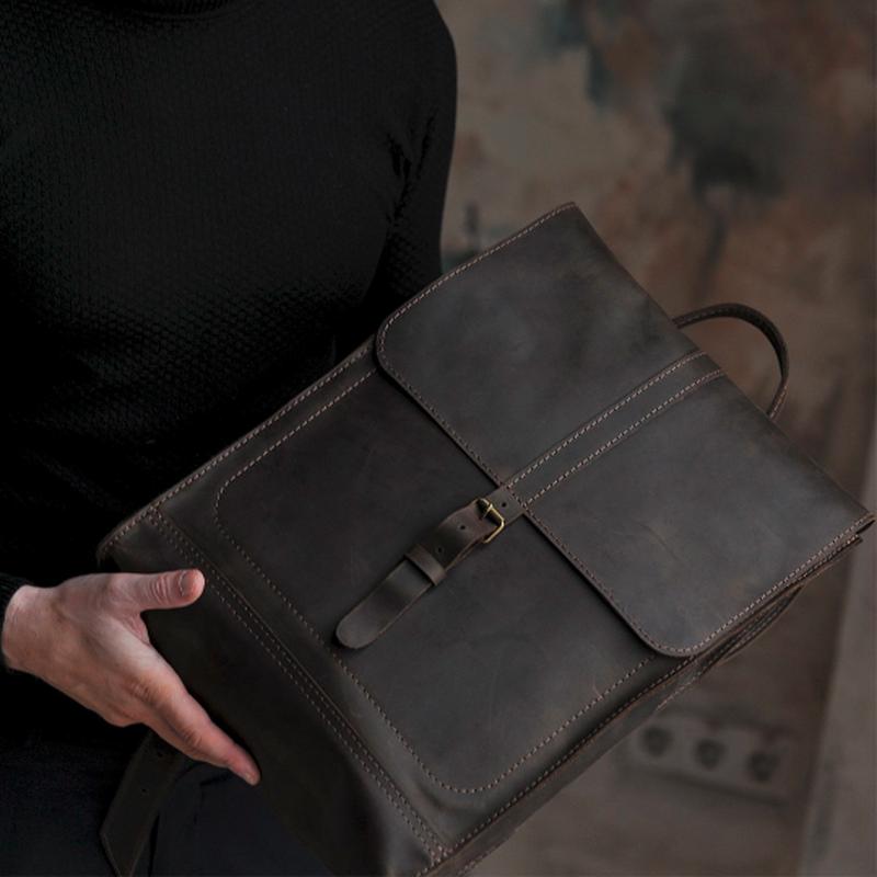 Шкіряний коричневий рюкзак