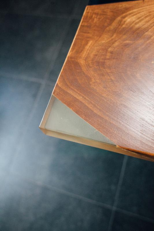 Конференц стол. Стол река. Слэбы