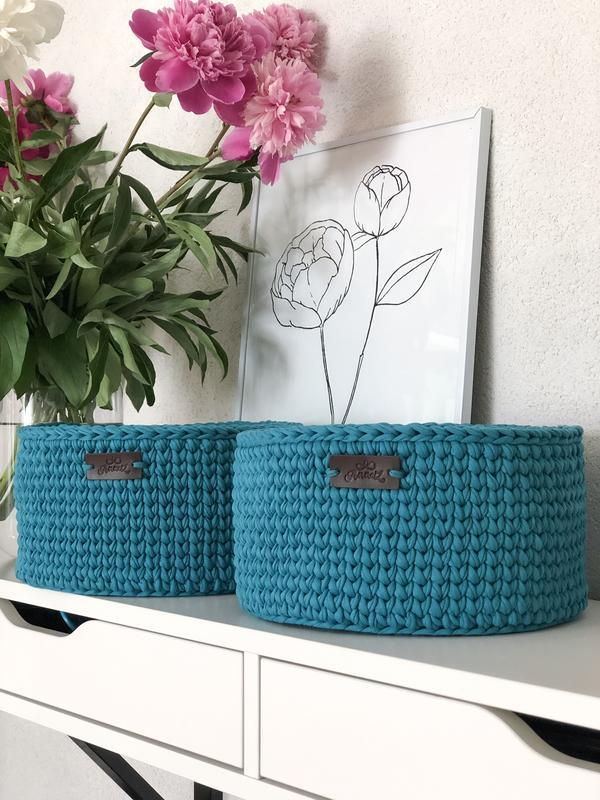 Набор вязаных корзин для хранения