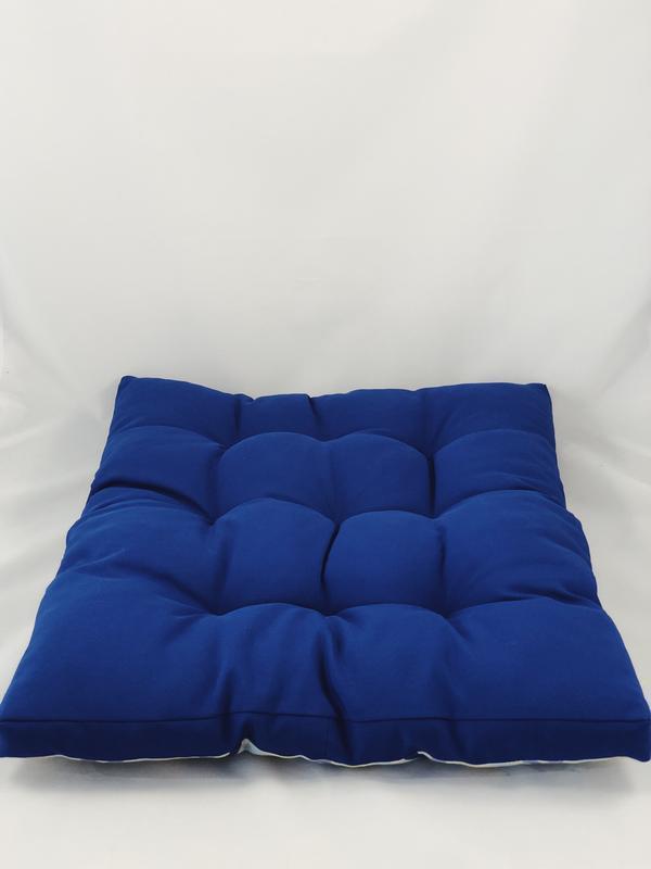 Уличная подушка. Матрас на террасу. Матрас на пикник синего цвета.  Абстрактные акценты.