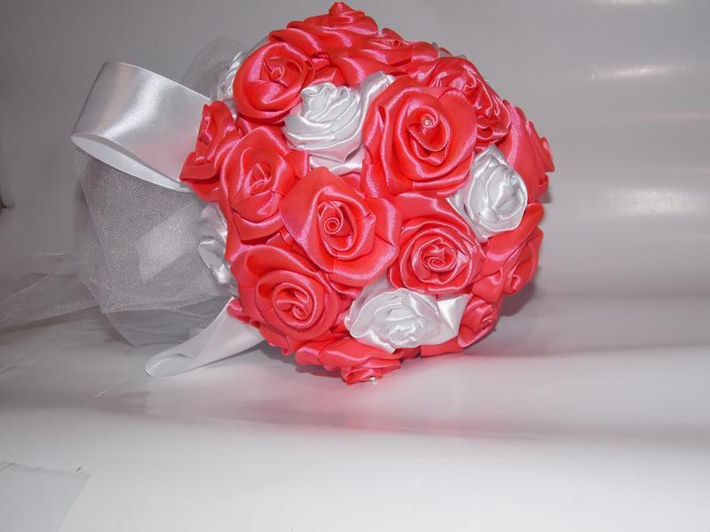 Розы в подарок на свадьбу 44