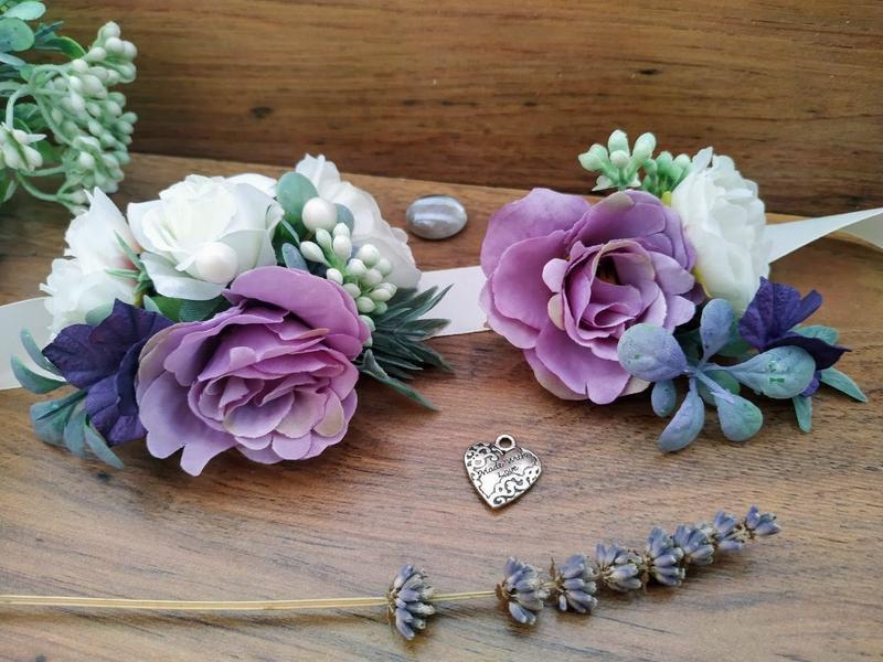 Комплект бутоньерок в цвете Лаванда Бутоньерка для жениха Бутоньерка на руку в цвете Лаванда