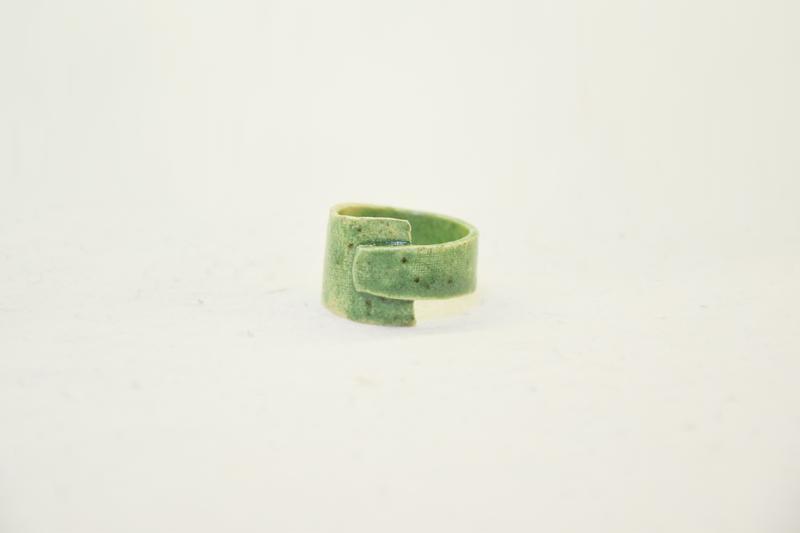 """Зеленое большое кольцо """"Мох"""""""