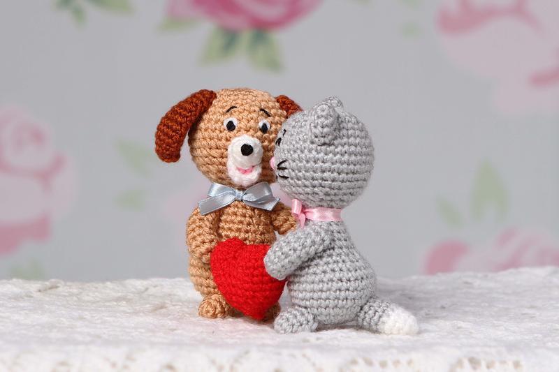 Парочка (кошечка и собачка)