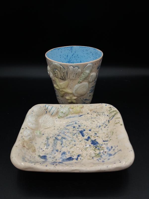 набор в ванную комату из керамики.