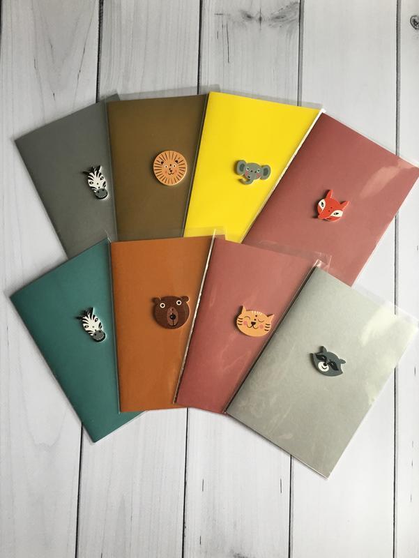 Открытка поздравительная, открытка енот, лиса, лев, слон, звери, медведь,зебра