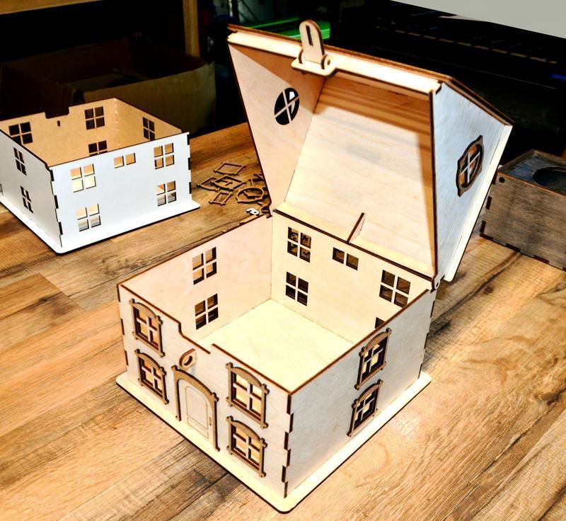 Свадебная Казна Домик Дом для Денег Деревянная коробка сундук копилка на свадьбу Весільна скарбниця