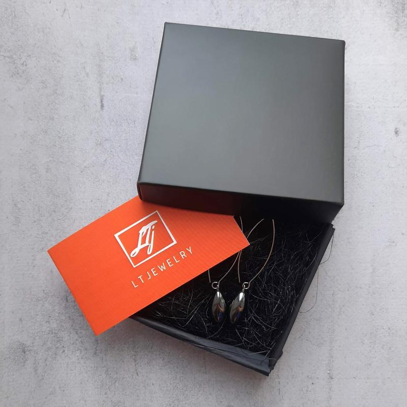 Элегантные серьги-подвески капли с гематитом. Стильные серьги. Подарок девушке.