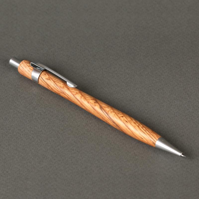 Карандаш механический деревянный 2 мм, модель Стрела - красный дуб