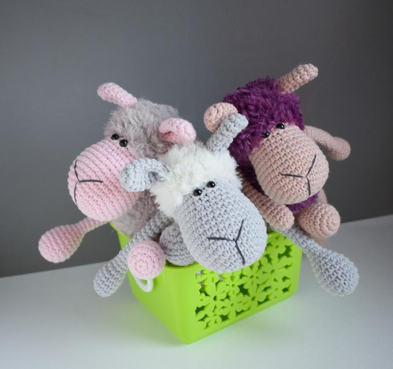 Вязаная овечка. Мягкая игрушка. Подарок новорожденному. Подарок ручной работы. Интерьерная игрушка.