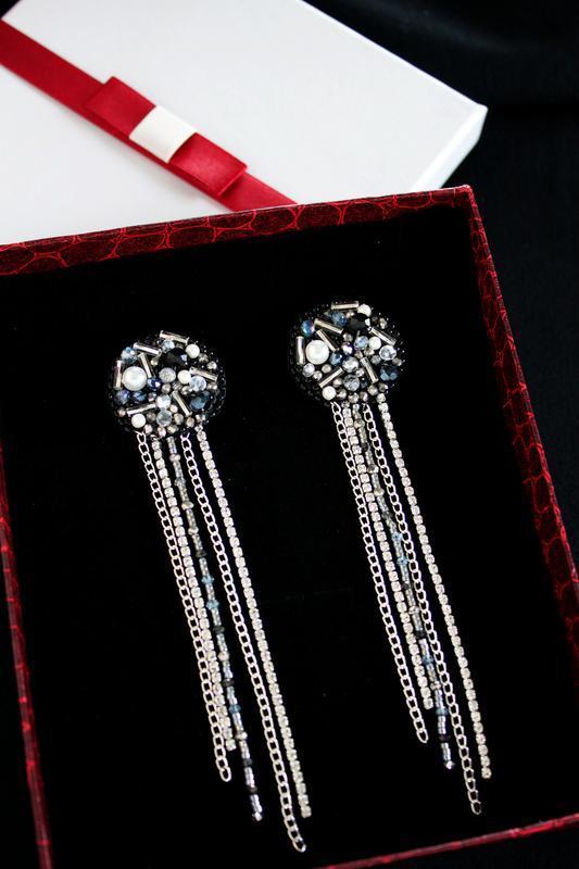 Серебристые вечерние серьги, яркие черные серьги для подружек невесты и выпускниц