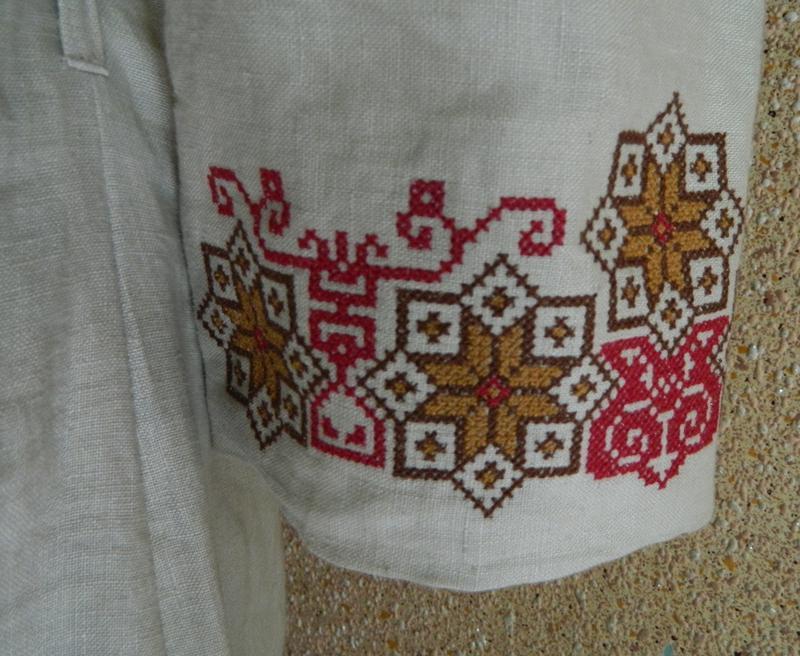 Украинская вышиванка из льна