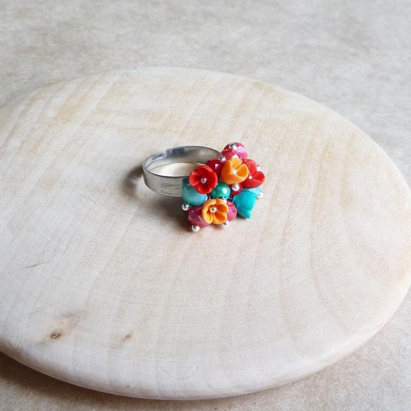 Красно оранжево бирюзовое кольцо, кольцо с цветами, подарок девушке, миниатюрные цветы ручной работы