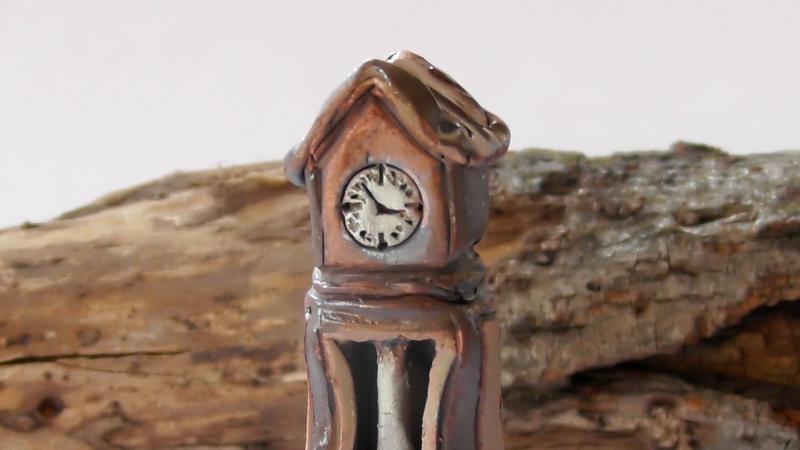 Мини-статуэтка Часы напольные  Керамика миниатюра