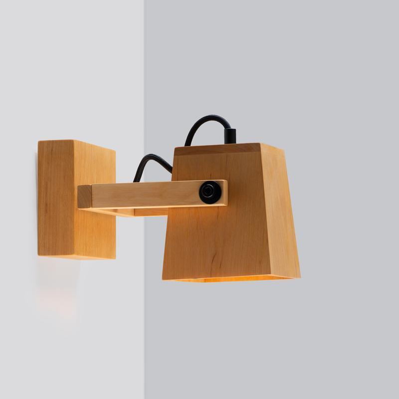 Бра скандинавский настенный светильник из дерева