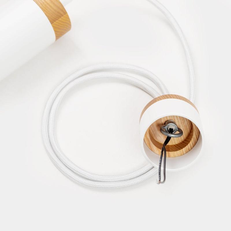 Белый декоративный светильник трубка в стиле лофт