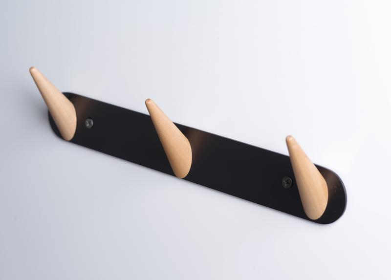 Металева вішалка з гачками, Скло+Глас
