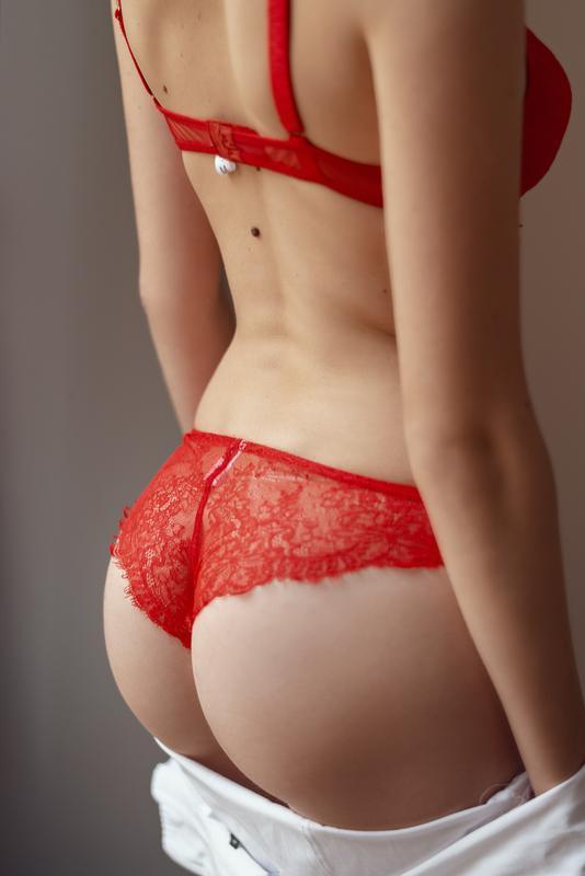 Кружевной комплект женского белья, красный
